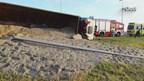 Vrachtwagen gekanteld in Kampen