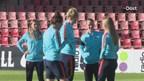 Oranje vrouwen oefenen tegen Oostenrijk