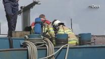 Brandweer aan boord van schip na melding scheepsbrand