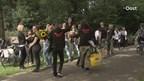 Actiegroep houdt vherdenking en minuut stilte voor omgekomen varkens in Agelo
