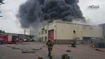 Grote brand bij bedrijf in Albergen