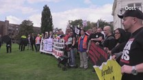 Opstootjes tussen Pegida en tegendemonstranten
