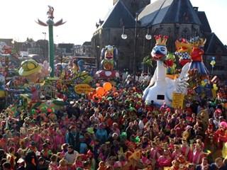 RTV Oost is live bij Carnaval in Oldenzaal