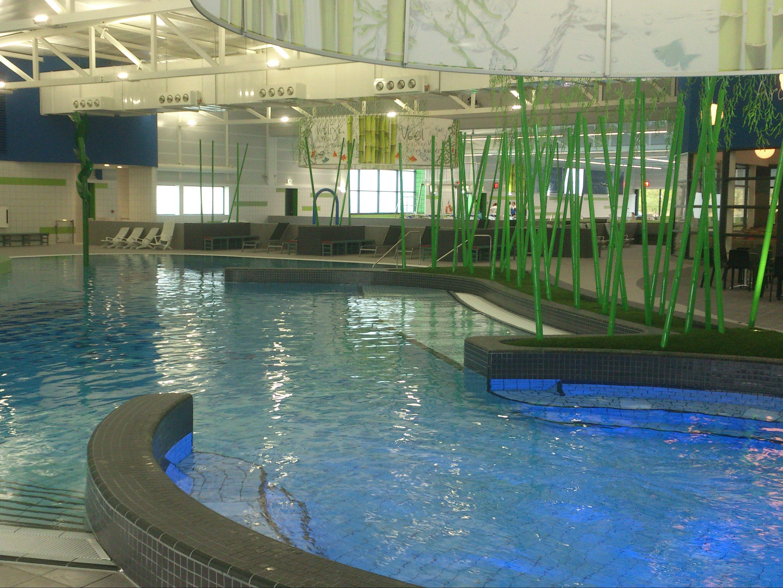 zwolle maakt kennis met nieuw zwembad de vrolijkheid