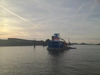 Het duikponton in de IJssel