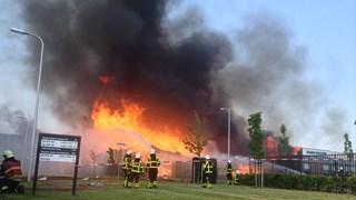 Grote brand bij Kloek Pallets Kampen
