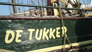 Zeilschip De Tukker maakt laatste tocht