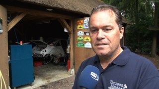Harry Kleinjan ongedeerd na zware crash Hellendoorn Rally