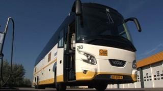 Oad-bus bij vestiging in Goor