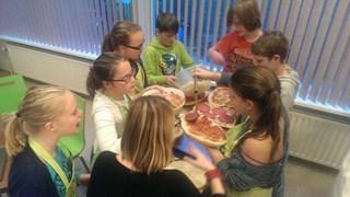 Kinderen aan het koken