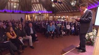 Schrijver Zeger Wijnands biedt boek over pesten aan