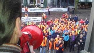 Personeel AkzoNobel op de Brink in Deventer