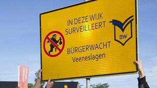 Burgerwacht in de wijk Veeneslagen in Rijssen