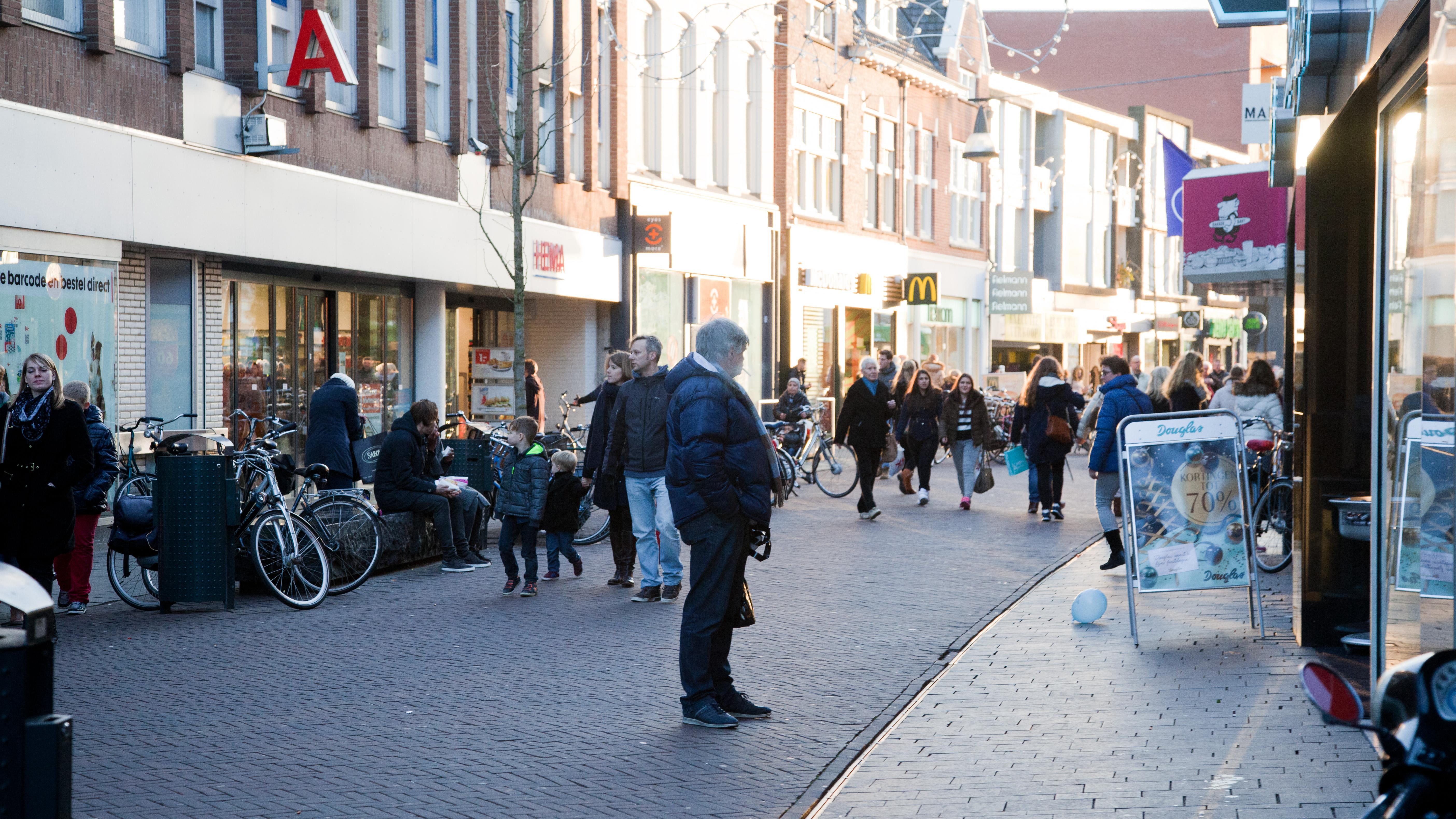 Turkse winkelketen karaca wil vestiging in enschede openen for Turkse kapper amsterdam oost