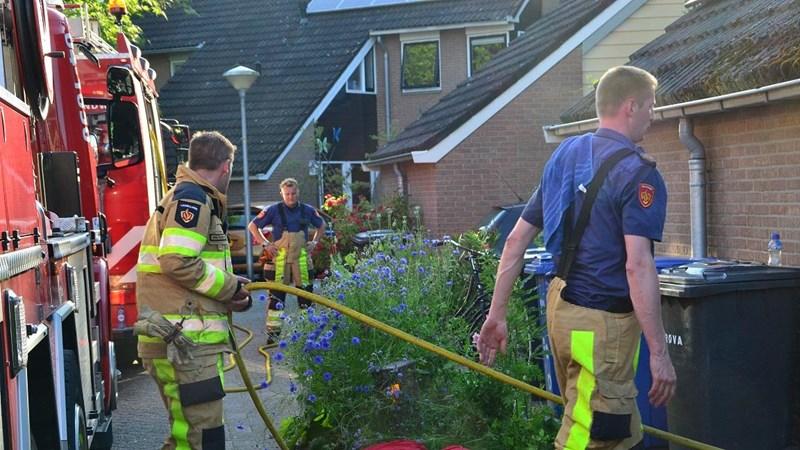 Buurtbewoners in Zwolle lopen uit voor woningbrand