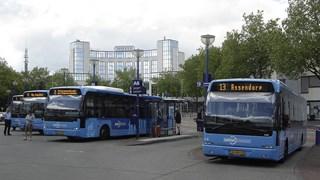 Staking busvervoer van de baan