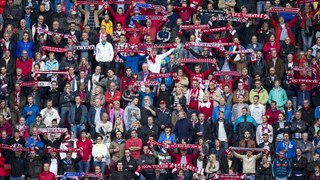 Supporters FC Twente doen oproep tot meer passie in Grolsch Veste