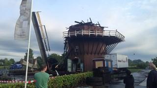Molen de Ooievaar door brand verwoest