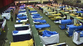 Opvang asielzoekers in IJsselhallen Zwolle