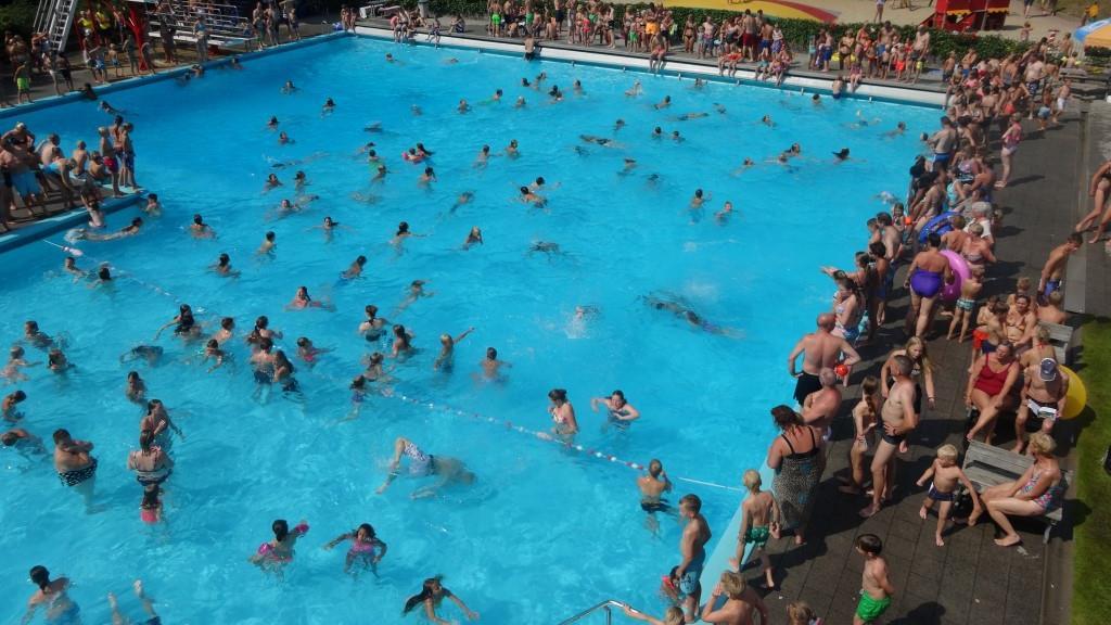 heuveltjesbosbad in balkbrug mooiste buitenzwembad van On buitenzwembad nederland