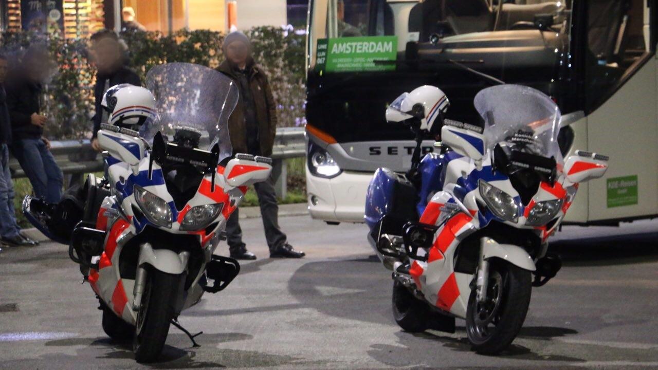 Mensen opgepakt bij grenscontroles op de a1 bij de lutte for Kebabzaak amsterdam