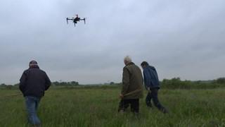 Drone is op zoek naar weidevogels bij Liederholthuis