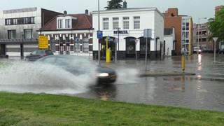 Veel wateroverlast in Enschede door regenbuien