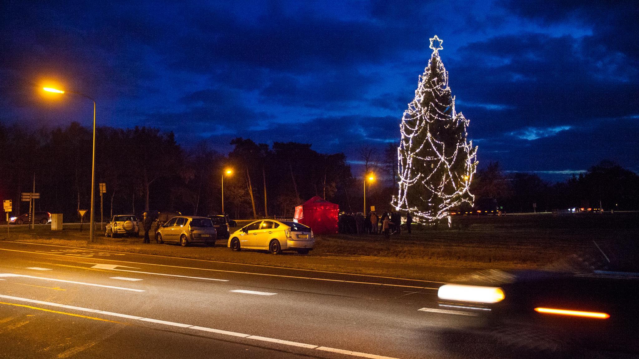Gestolen kabel op tijd vervangen: toch nog een verlichte kerstboom ...