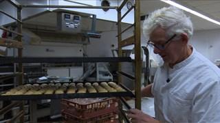 Voormalig bakker Marinus Koggel in Bakkerij van der Most.