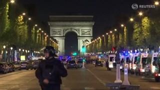 Agenten beschoten op Champs-Élysées: dode en gewonden