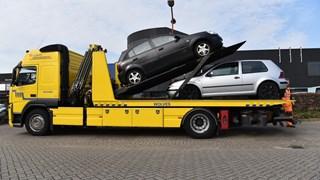 Auto's in beslag genomen en afgevoerd