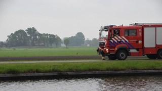 Brandweer haalt ree uit het kanaal