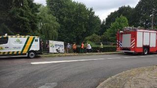 Waterhoen gered uit benarde situatie in Hengelo