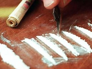 De politie rolde drugshandel in Dalfsen op.