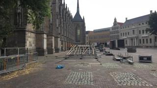 Ontmanteling Grote Kerkhof na Deventer op Stelten