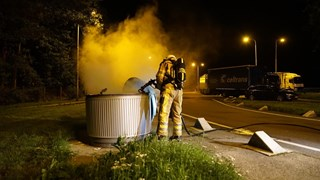 Containerbrand langs A1 bij Bathmen