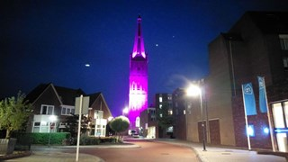 Kerk is roze gekleurd