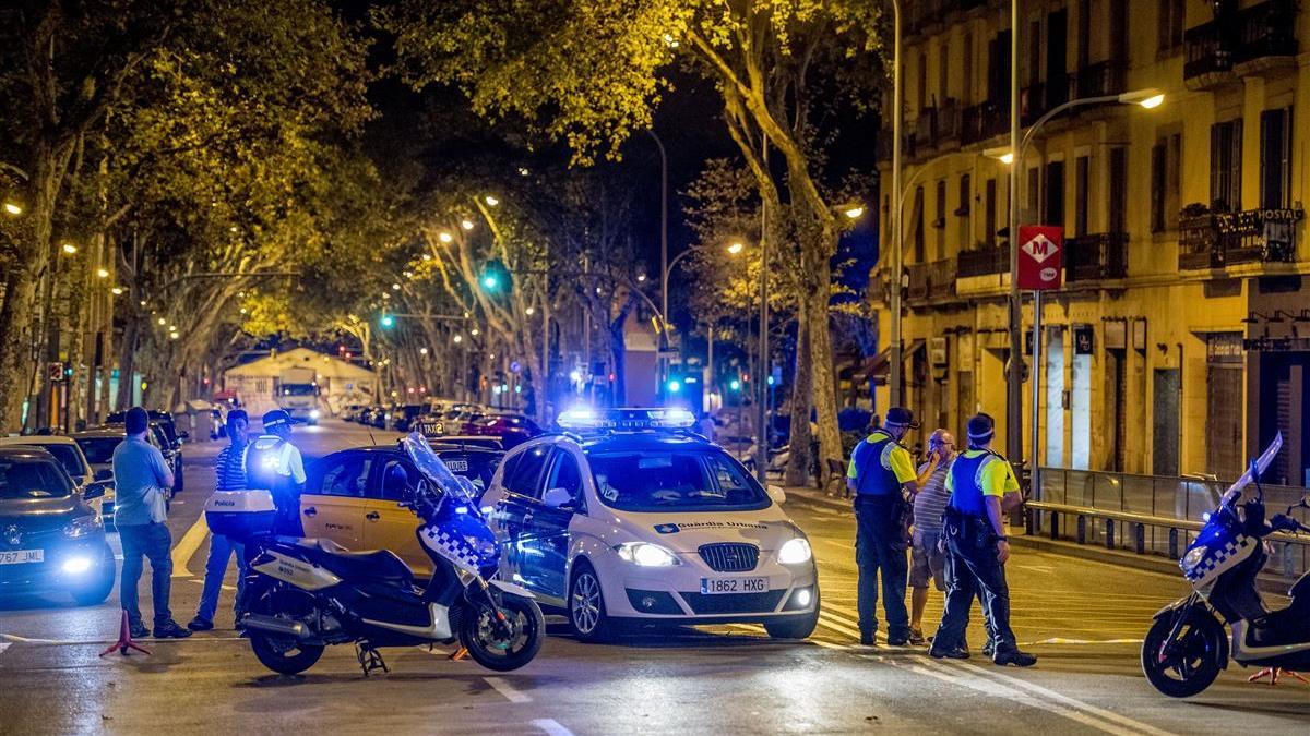 """Ommenaren gewond bij aanslag in Barcelona; """"Het gaat naar ... Aandslag Nederland 2017"""