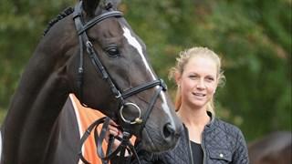 Renske Kroeze en haar paard Jane Z