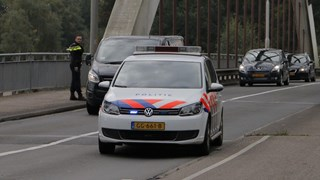 Politie regelt verkeer