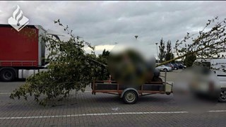 Opvallend bomentransport staande gehouden bij controle N50