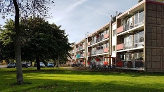 1-jarig kind overleden na incident in flatwoning Hengelo