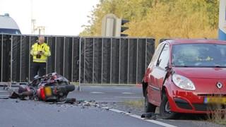 Aanrijding tussen motor en auto met dodelijke afloop