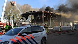 Brand in slooppand