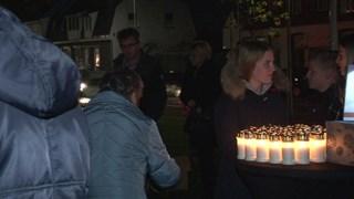 Voor een vrije gift konden kaarsen worden meegenomen