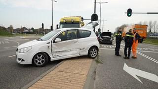Auto's botsen in Deventer
