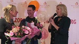 Mantelzorg Award voor Karin Schroder