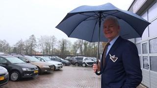 Jan Bloemhof, autohandelaar uit Rouveen