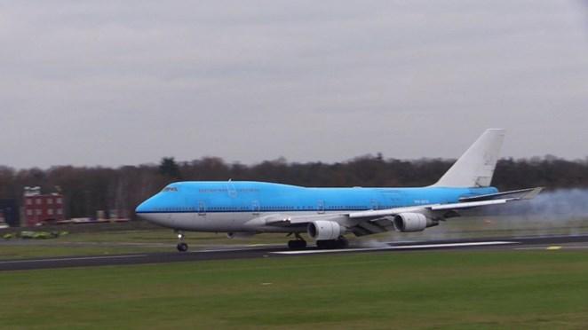 Boeing 747-400 maakt laatste vlucht en landt op Twente Airport