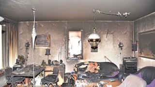 Woning aan de Bongerd in Almelo verwoest na brandstichting